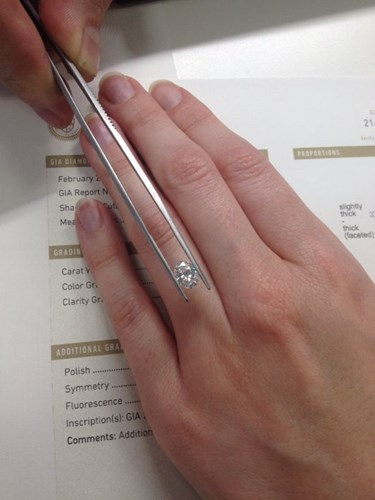 choosing a diamond for a custom made engagement ring