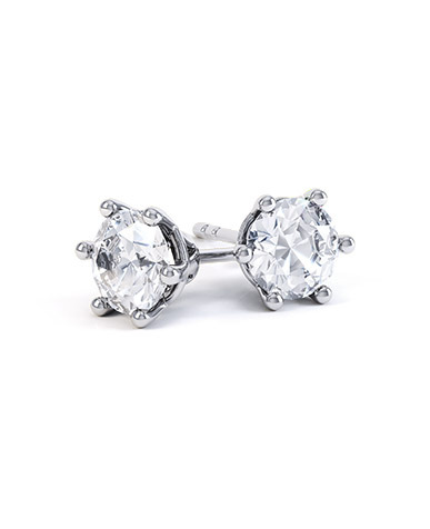 Lealia diamond stud earrings in white gold
