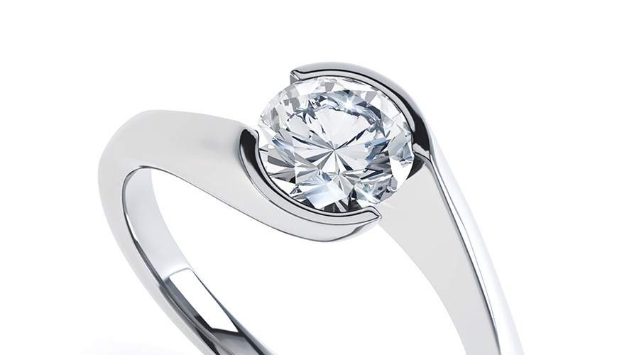 How to Save almost 50 percent on a Gorgeous Diamond Engagement Ring