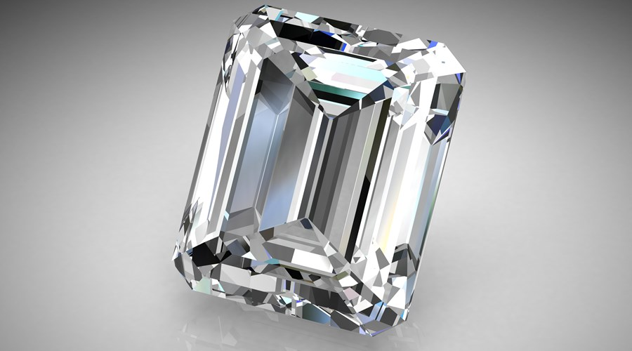 What to Look For in an Emerald Cut Diamond