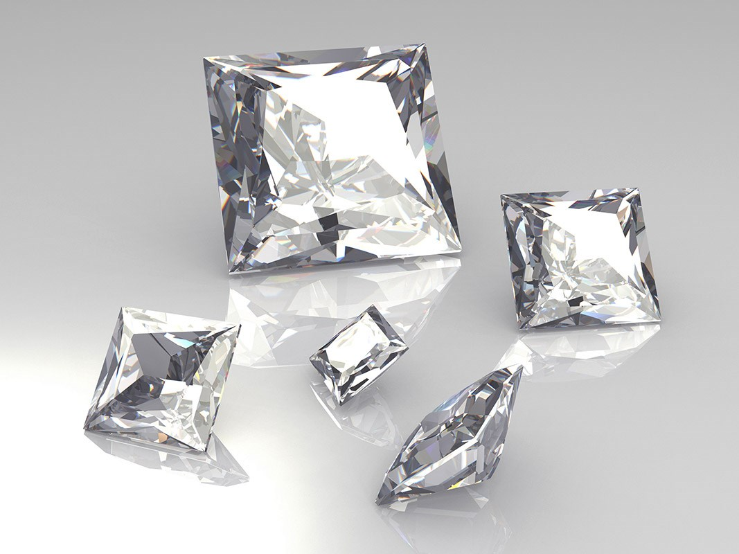 A Guide to Square Shaped Diamonds