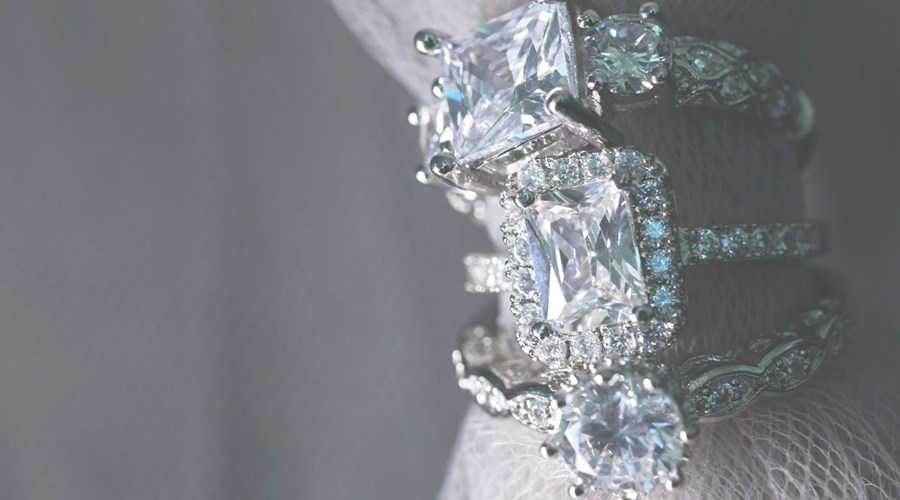 How to super-size your diamond without breaking the bank