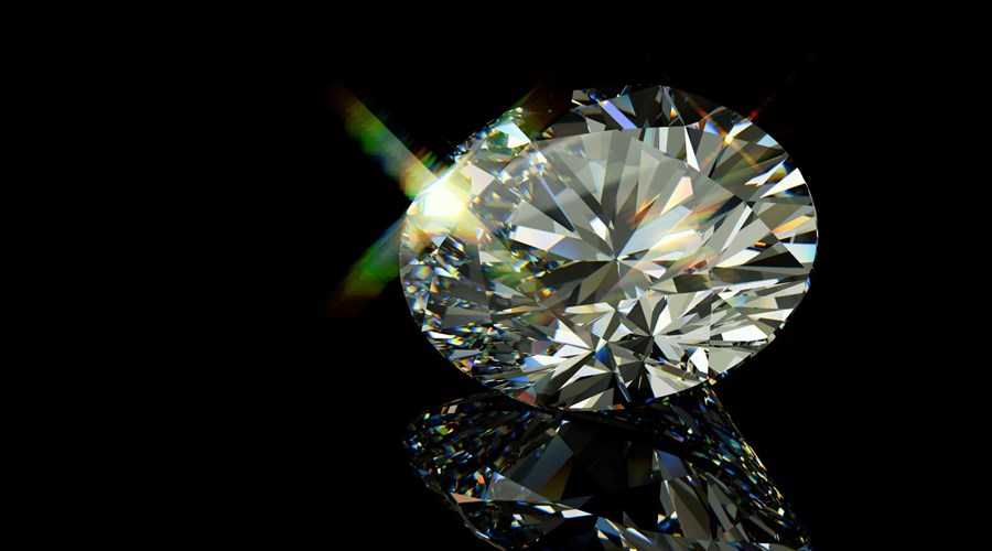 Why choose an Oval Cut Diamond?