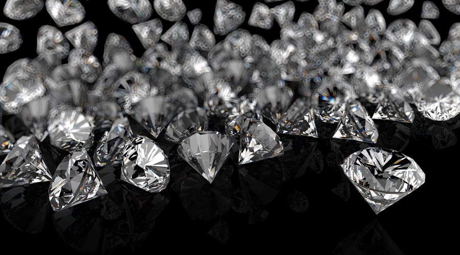 Should I Buy a Natural or Lab-Grown Diamond?