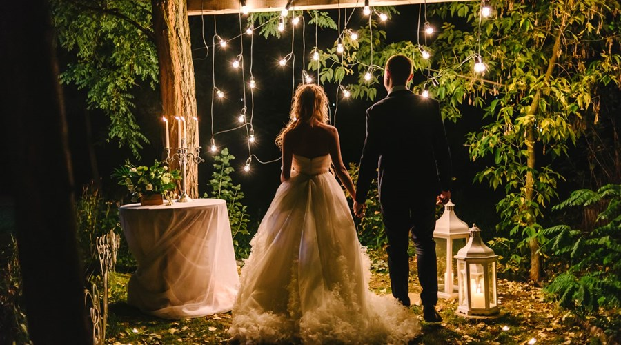 Smaller Weddings Ideas and Tips
