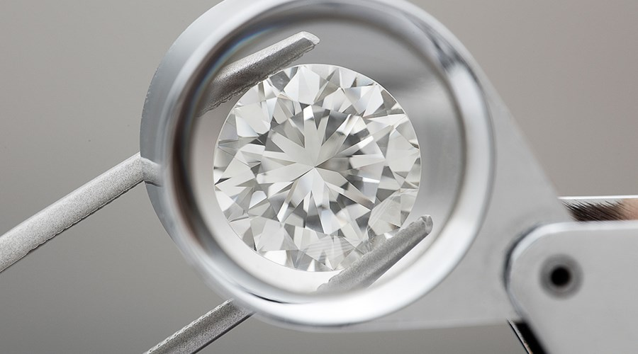 How Much Should You Pay for a Half Carat Diamond?