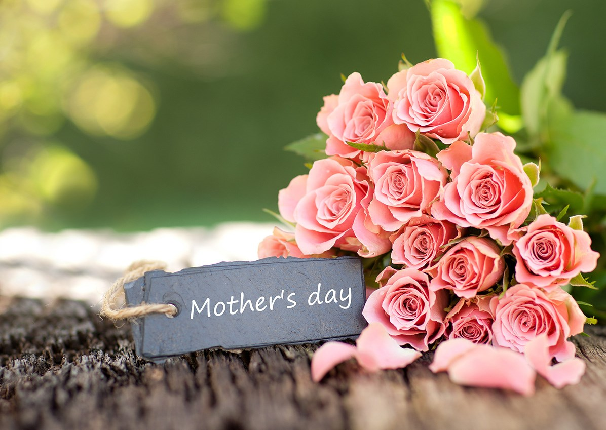 Luxury Mothers' Day Jewellery Gifts